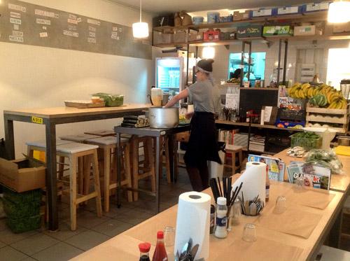 Bob 39 S Kitchen BY LOUISE SK