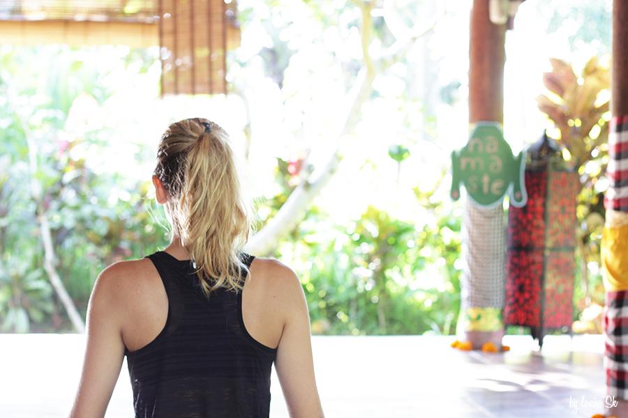 yogaswasti-bylouisesk2