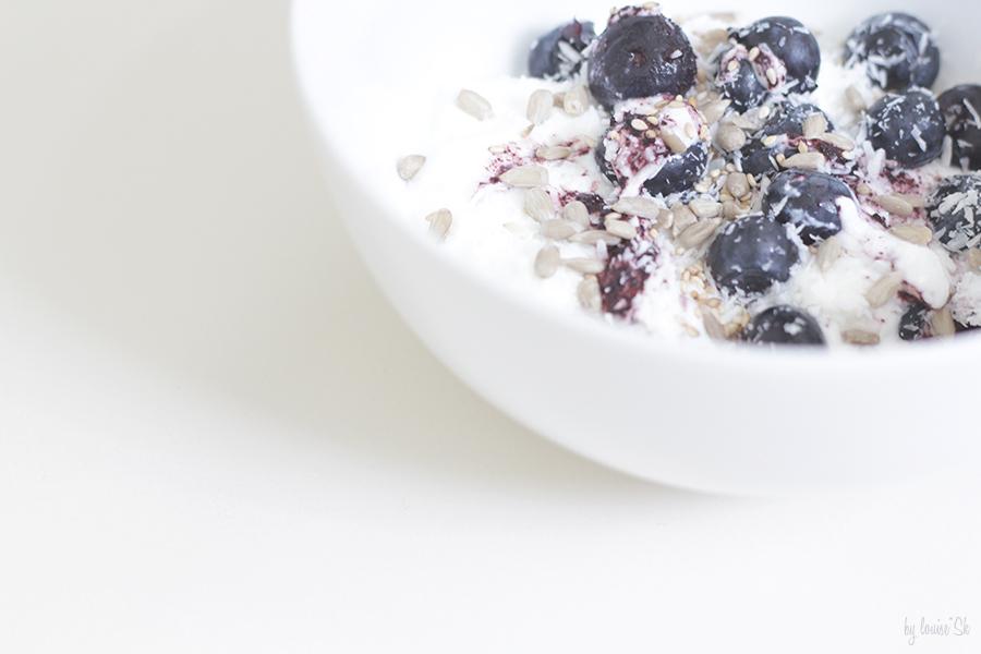 yoghurtbluetopping-sansglutenfree-bylouisesk